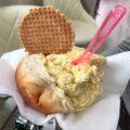 シチリア島のパレルモの観光名所 ジェラートをブリオッシュで包むデザートが絶品!